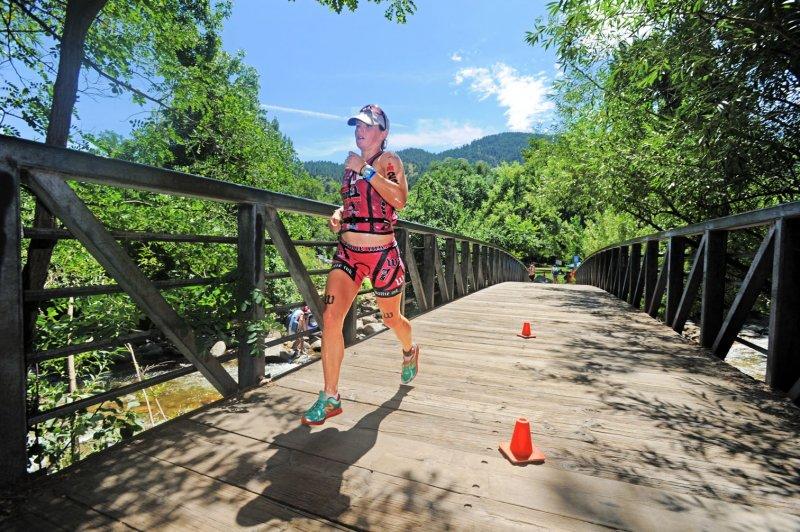 72 dpi Danielle Kehoe runs IM Boulder 2014 DSC_8174